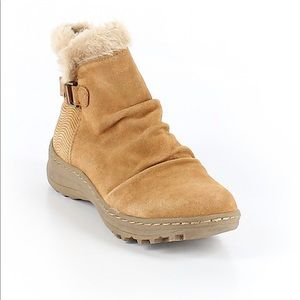 Baretraps Boots, Size 7.5 New Condition MSRP $56